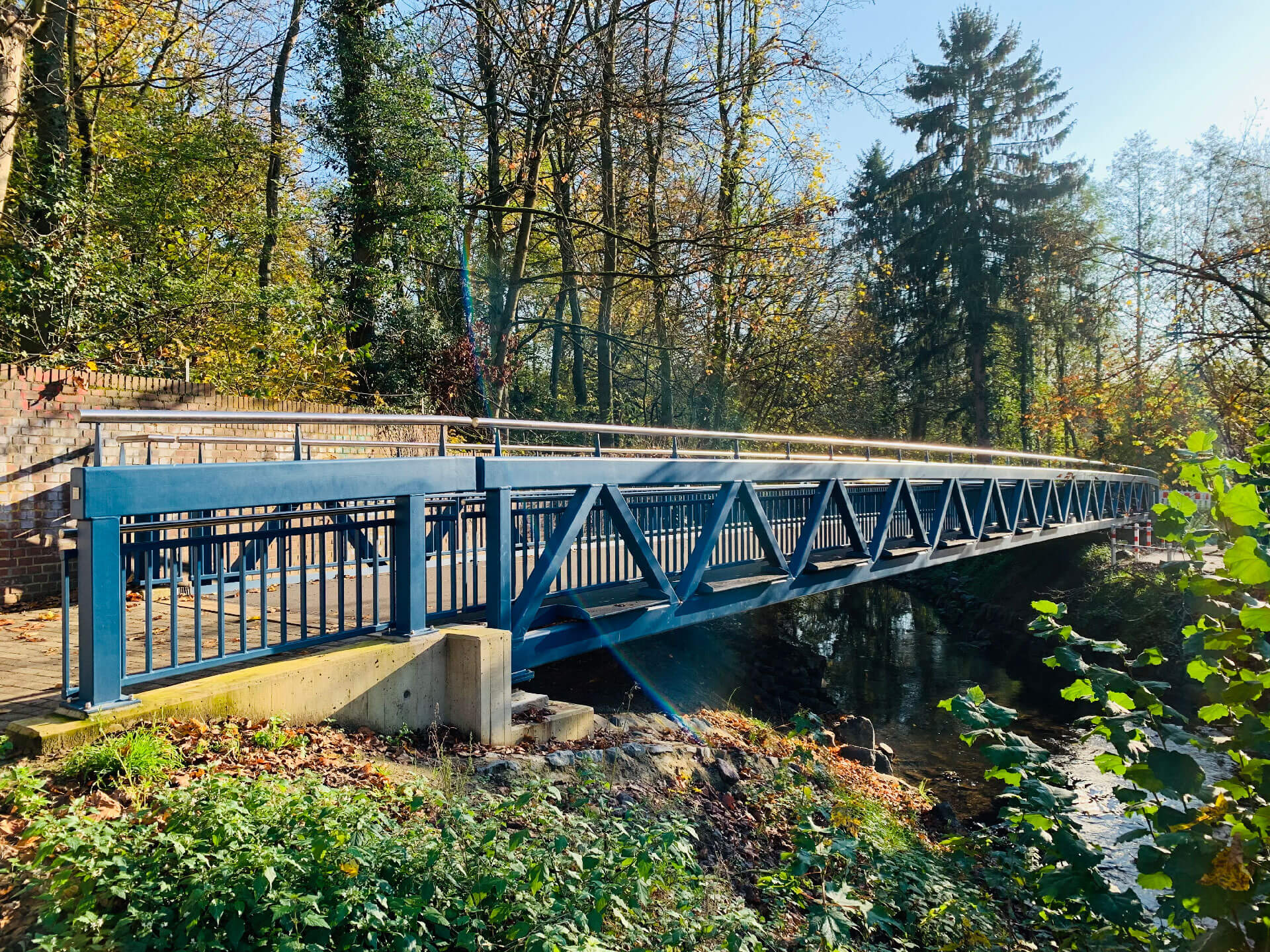 Fuß- und Radwegbrücke Erkrath - Stahlbauarbeiten